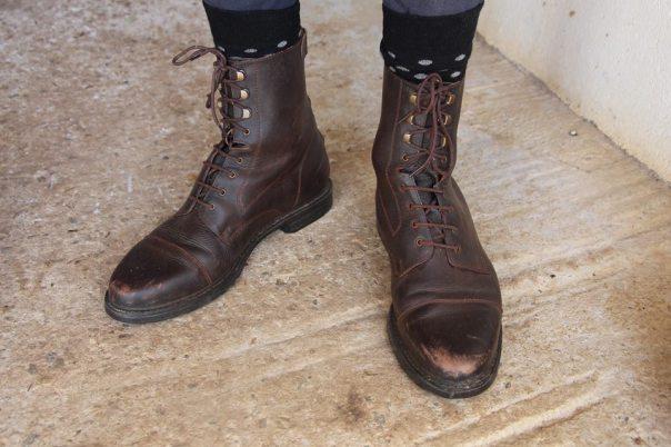 Boots Dandy en marron pour homme, quelques semaines après achat.